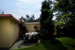 E-Stay - kwatery Bydgoszcz - widok na ogród